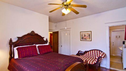 Caton Room